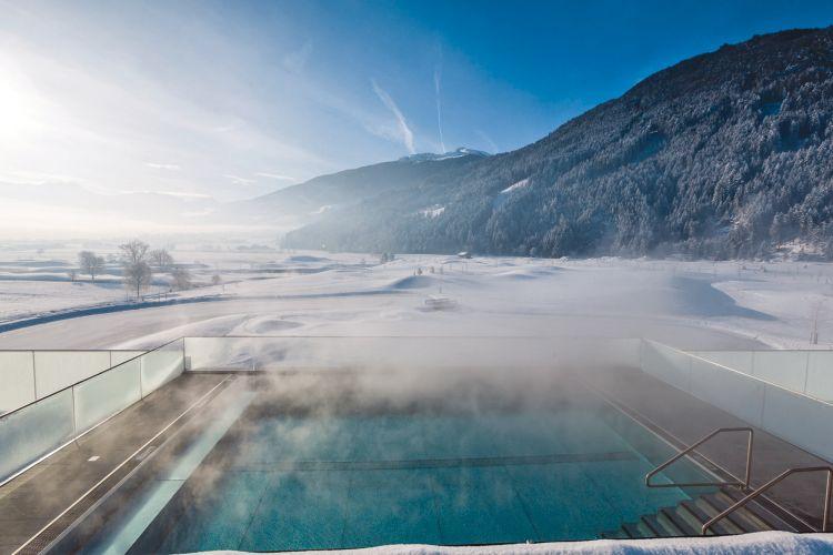 Hotel sportresidenz zillertal tui last minute for Design hotel zillertal